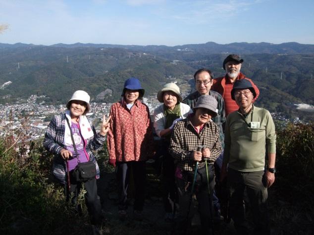 111_城山山頂の記念撮影