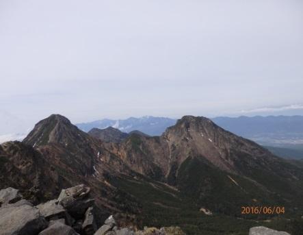 C:\Users\sekine\Desktop\赤岳テント泊山行(2016_6_3~5)\赤岳-中岳-阿弥陀岳.jpg